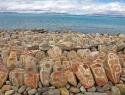 tibet-kailash-07-manasarovar-02-seralung-mani-rocks