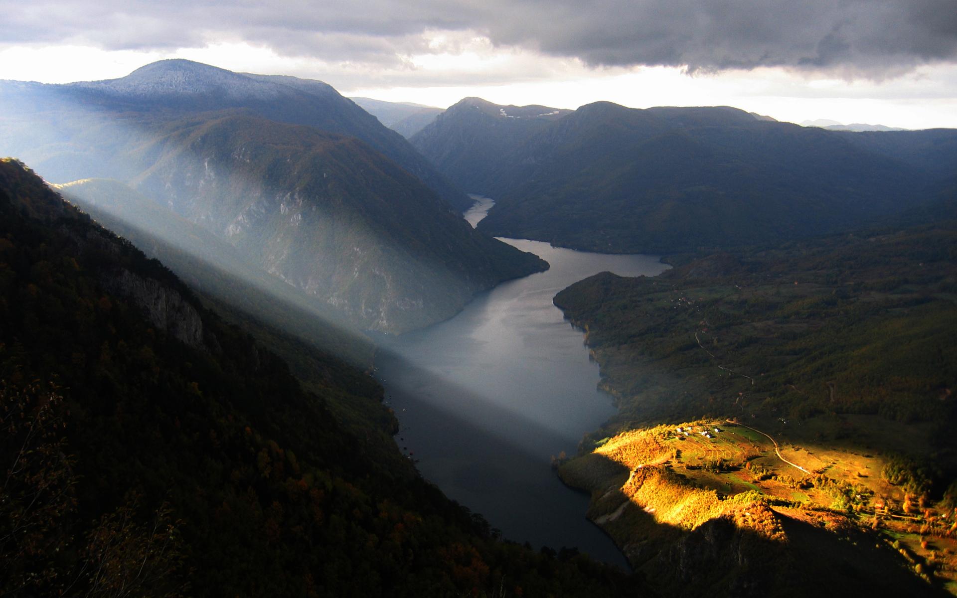 Lampa - Tara mountain