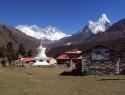 ama-dablam-pogled-iz-manastira-tyangboche